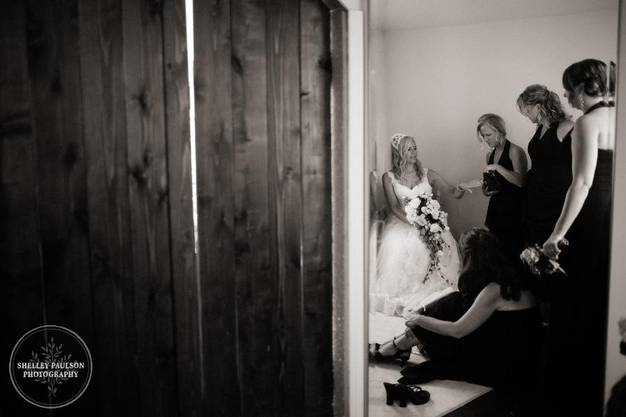 cottage-winery-wisconsin-wedding-15.JPG