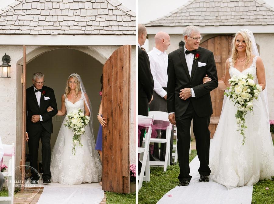 cottage-winery-wisconsin-wedding-19.JPG