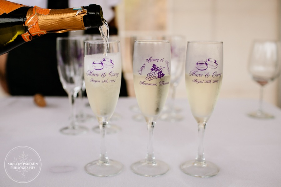 cottage-winery-wisconsin-wedding-35.JPG