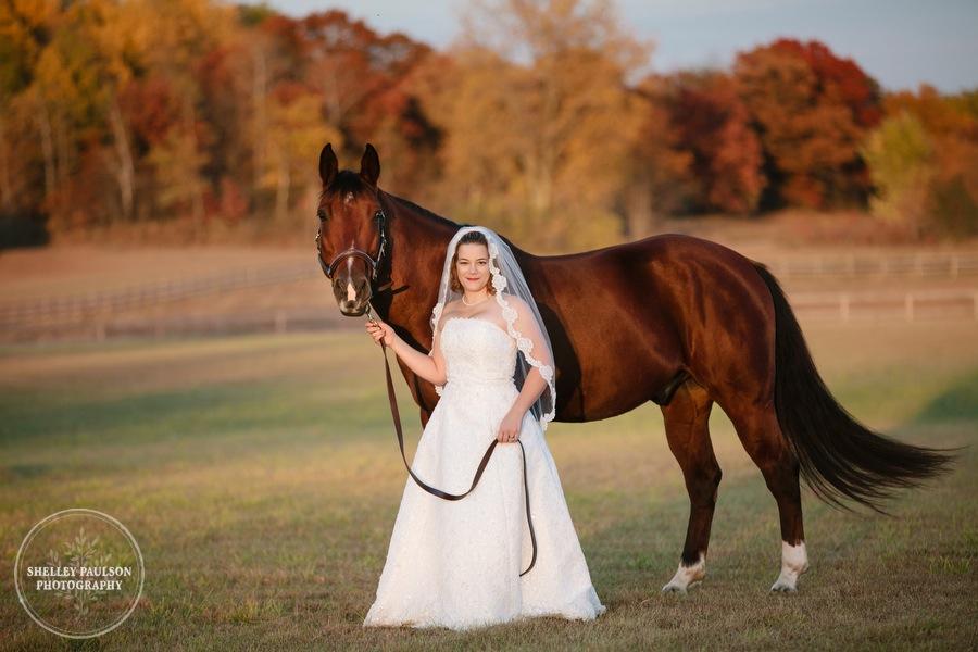 bride-horse-portraits-08.JPG
