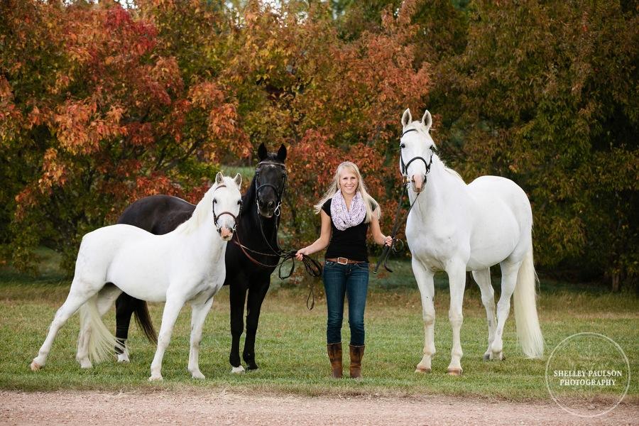 equine-senior-portraits-minnesota-02.JPG