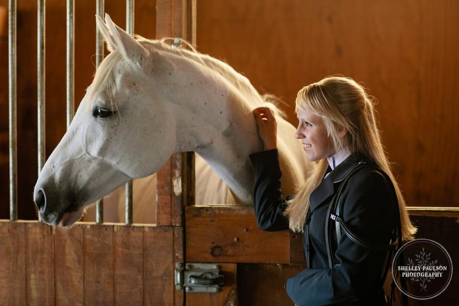 equine-senior-portraits-minnesota-07.JPG