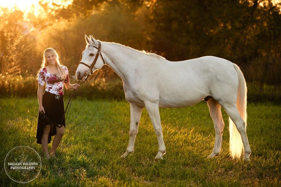 equine-senior-portraits-minnesota-09.JPG