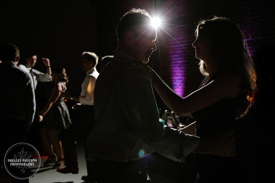 minneapolis-urban-wedding-41.JPG