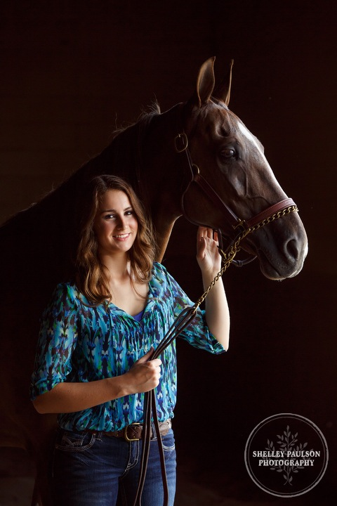 minnesota-senior-photographer-horse-01.JPG