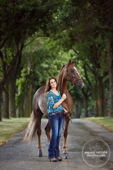 minnesota-senior-photographer-horse-05.JPG