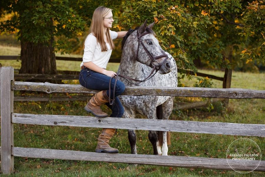 equestrian-senior-photos-10.JPG