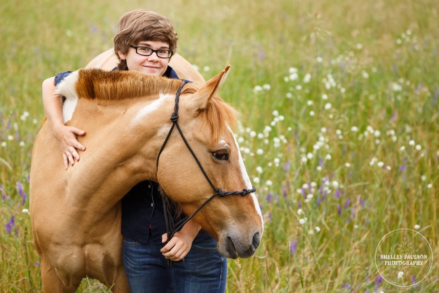 senior-girl-with-horse-01