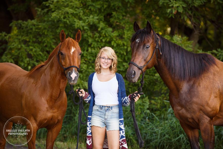 Greta and her horses Lulu and Ricky