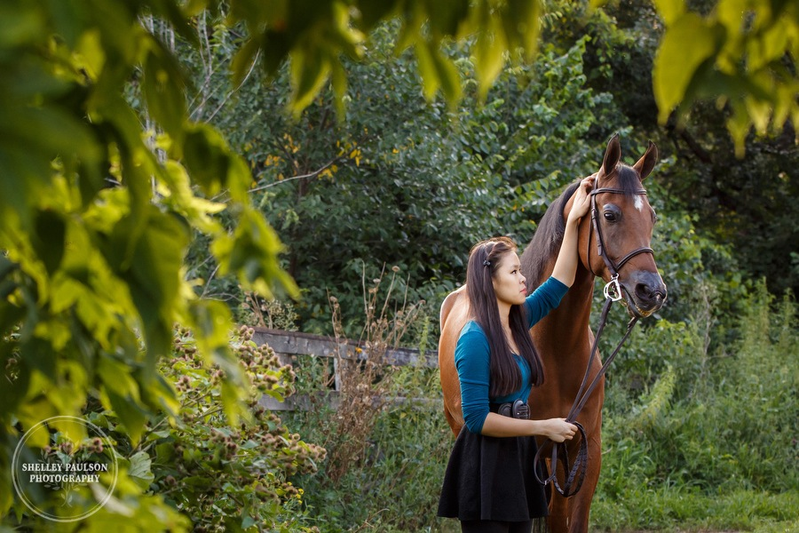 Olivia's Senior Photos with her Horse Denali