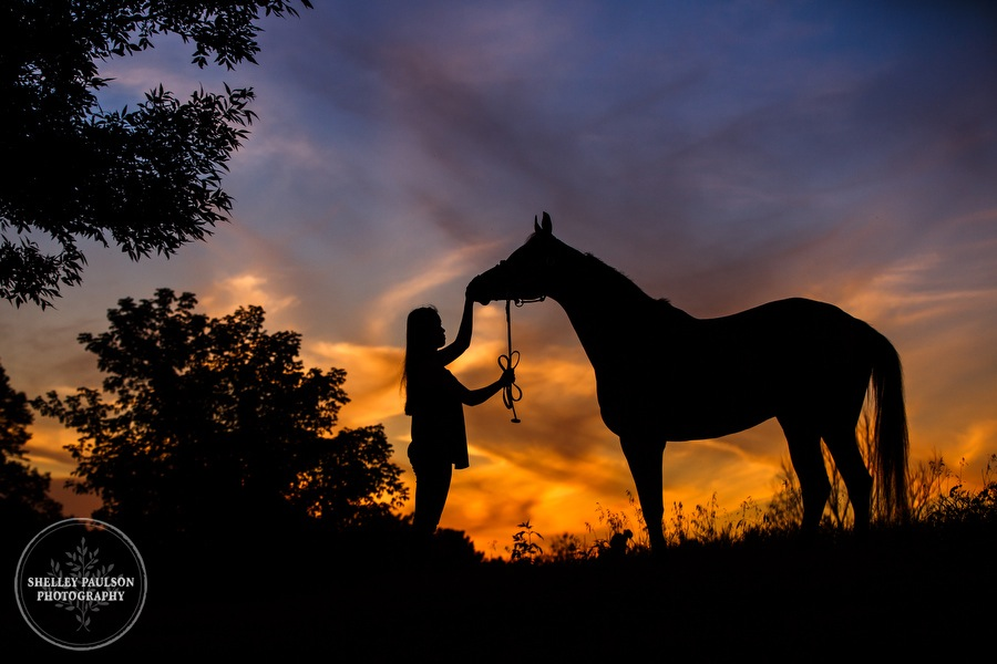 senior-photos-equine-natural-15.JPG
