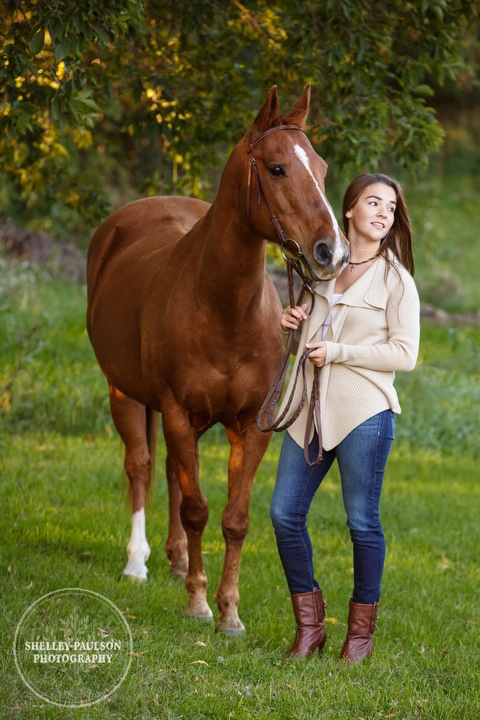 mn-senior-photos-with-horses-05.JPG