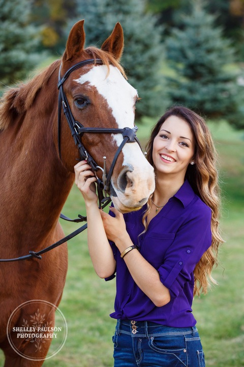 paint-horse-senior-portraits-12.JPG