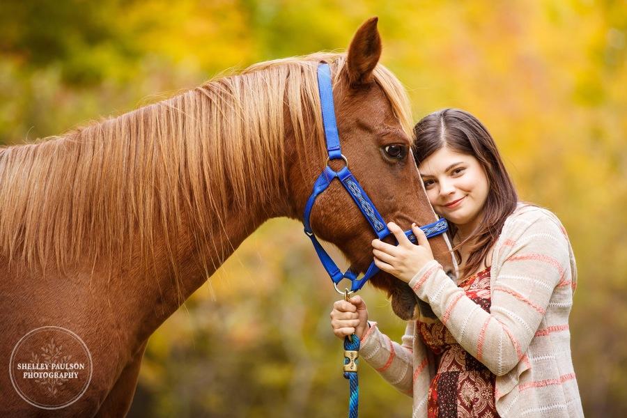 country-senior-photos-horse-04.JPG