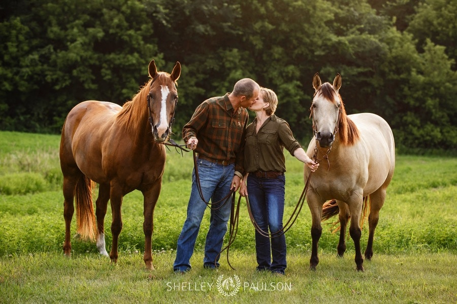 family-photos-with-horses-02.JPG
