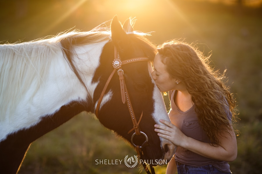 Molly's Senior Photos with her Horse Lacey