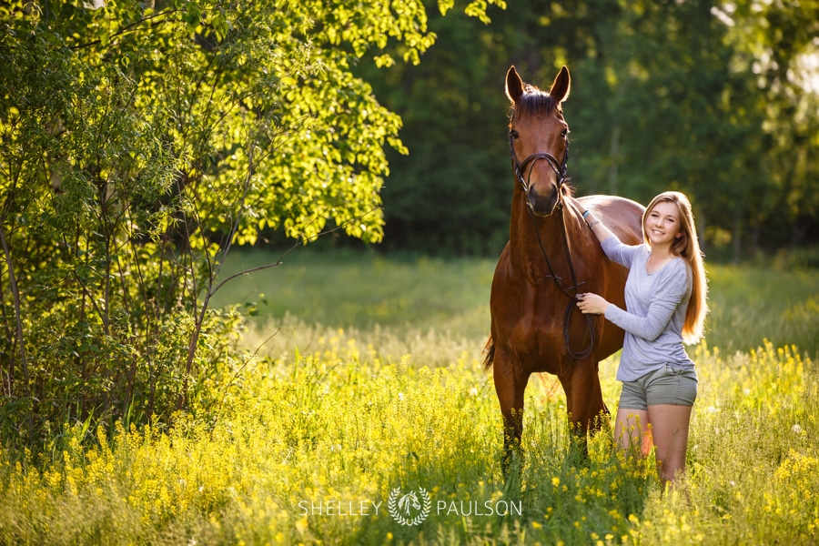 Emily Lakeman's Senior Photos with her horse Forrest