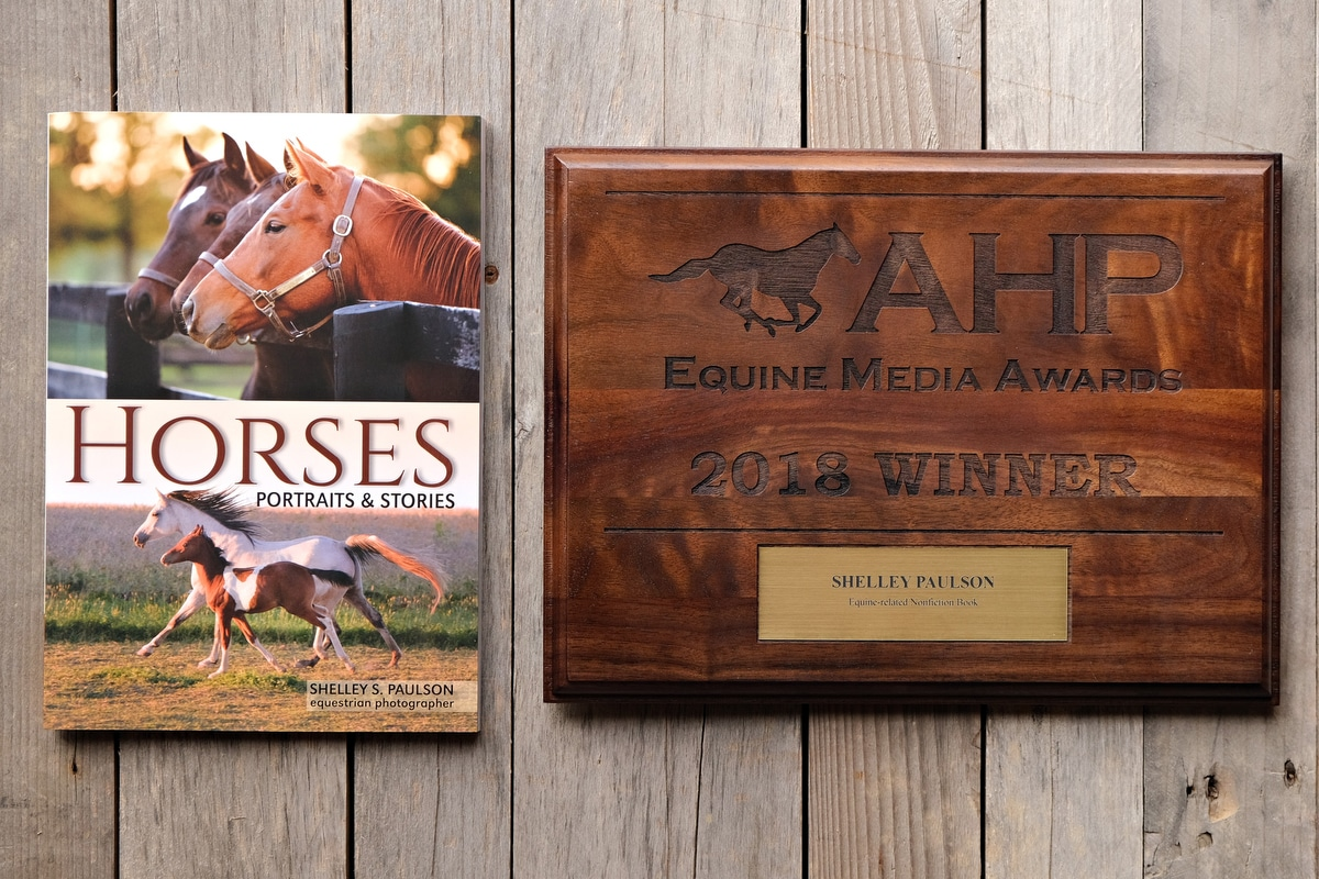 """""""Horses, Portraits and Stories"""" wins Book Award"""